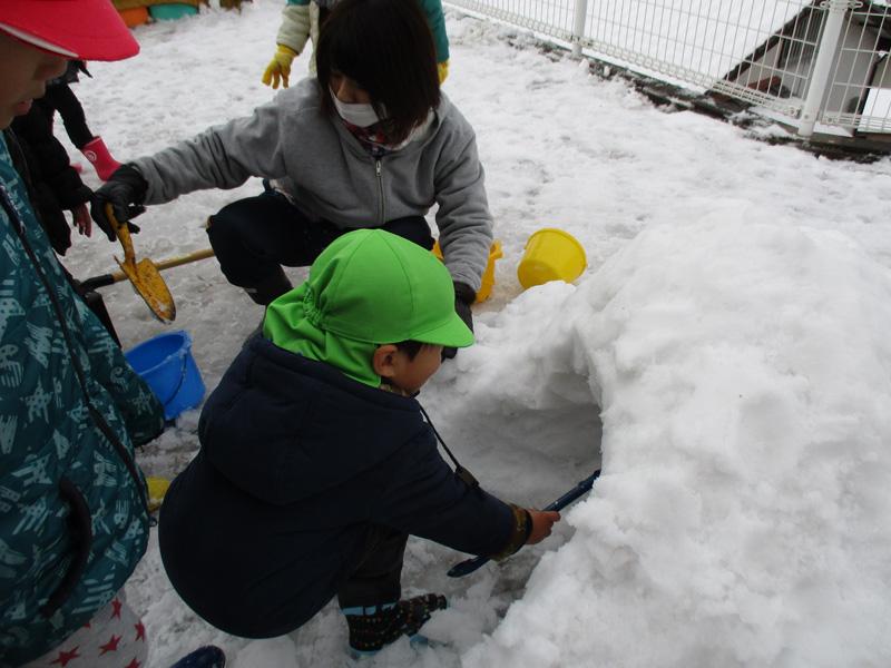 雪遊び  ②